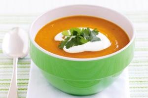 Pumpkin & lentil soup